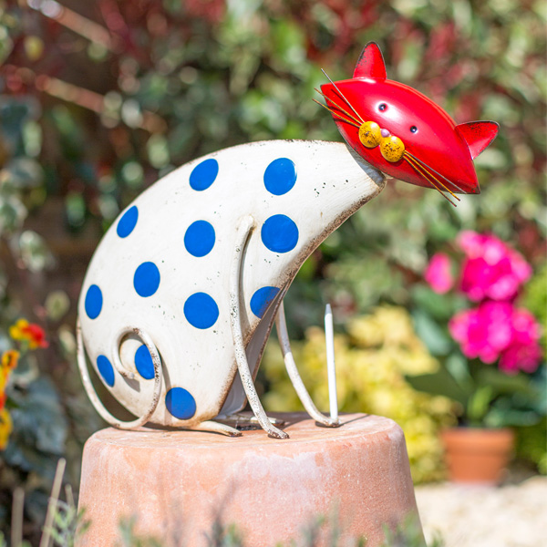 La Hacienda Steel Patterned Animal - Spotty Cat
