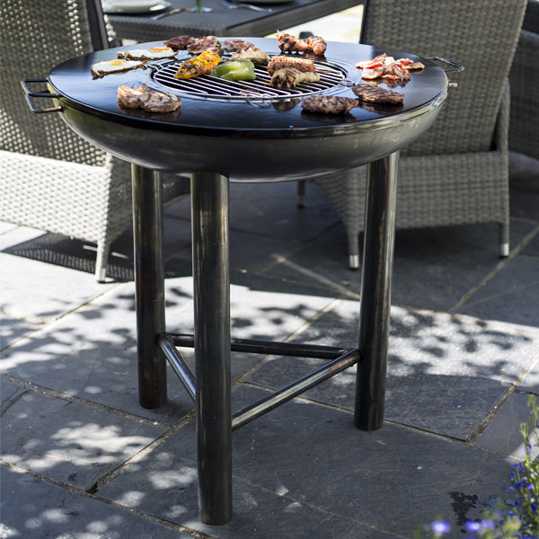 La Hacienda Pittsburgh Large Industrial Heavy Duty Steel Firepit With BBQ Plancha Plate - Oiled Steel