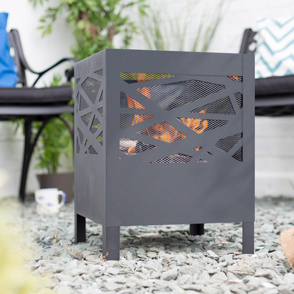 La Hacienda Minnesota Outdoor Firebasket - Black