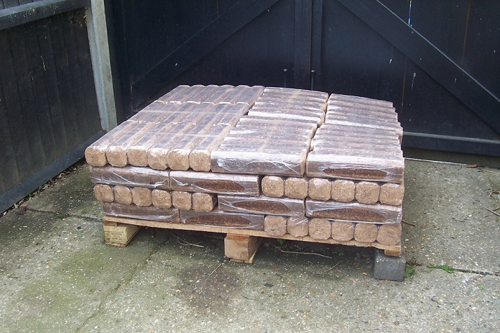 Eco wood for burning on open fires 280kg (Free Delivery)
