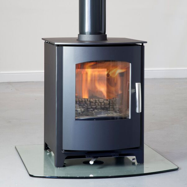 Mendip Churchill 8 - 8kw Defra Double Sided Multifuel Wood Stove