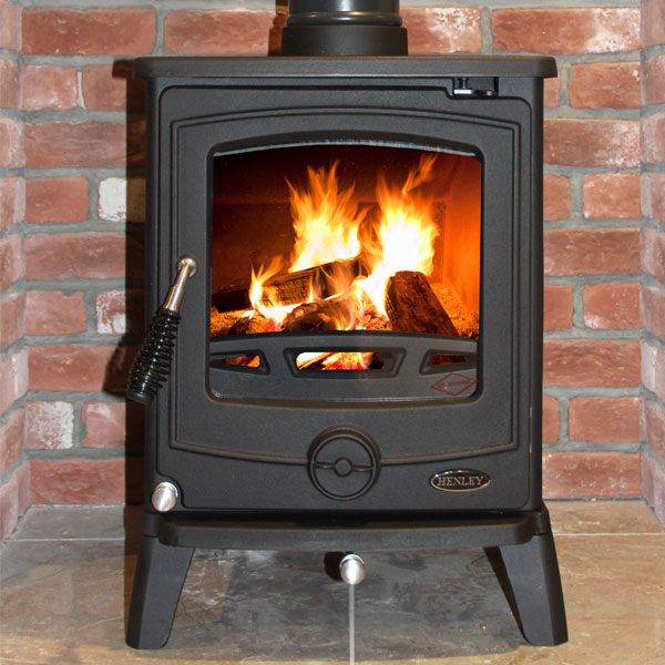 Henley Cambridge 7.5kw Multifuel Wood Burning Stove