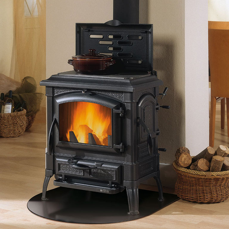 la nordica isetta 7kw wood burning stove with hotplate