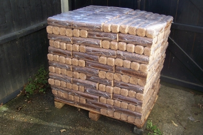 Eco wood for burning on open fires 910kg (Free Delivery)
