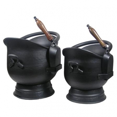 Inglenook Premium Set Of 2 Buckets With Black Shovels