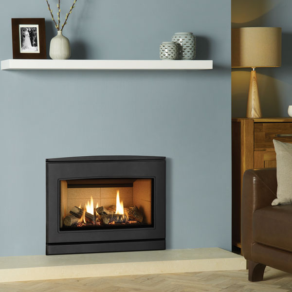 Yeoman CL670 5.6kw Inset Natural Gas Stove With Vermiculite Lining - Conventional Flue