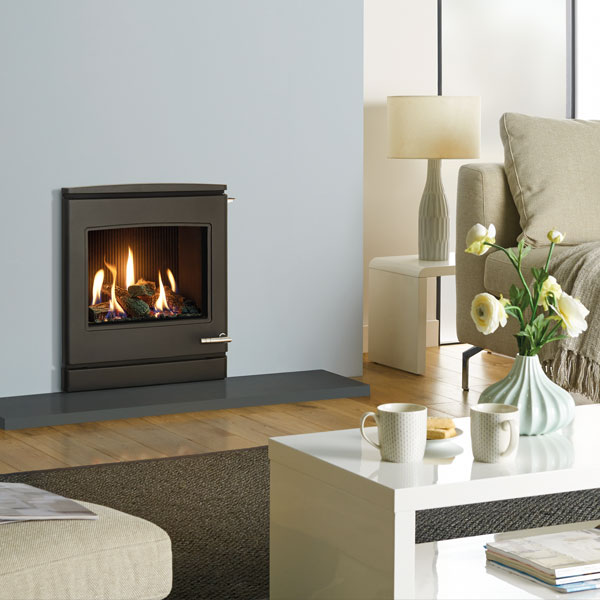 Yeoman CL7 4.5kw Inset Natural Gas Stove With Slide Control & Log Effect - For Balanced Flue